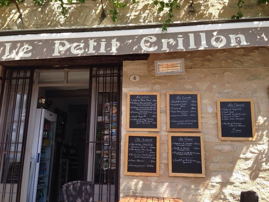 Bistrot Le Petit Crillon: Front if cafe
