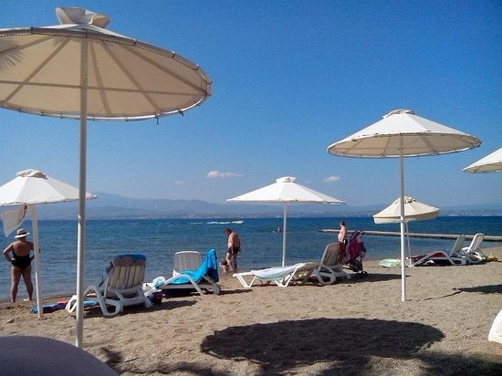 Eretria, Greece: Petit Village Hotel Beach