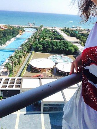 Kervansaray Hotel Kundu : Вид с нашей комнаты ��
