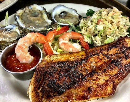 Tony Mandola's: Seafood Platter