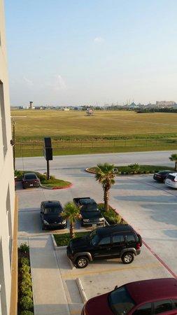 Days Inn & Suites Galveston West/Seawall: View of airport