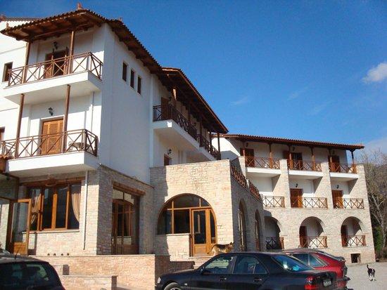 Mont Helmos Hotel