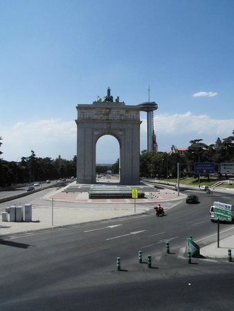 Hotel Exe Moncloa: A 'Gate' to Madrid at the end of the street.