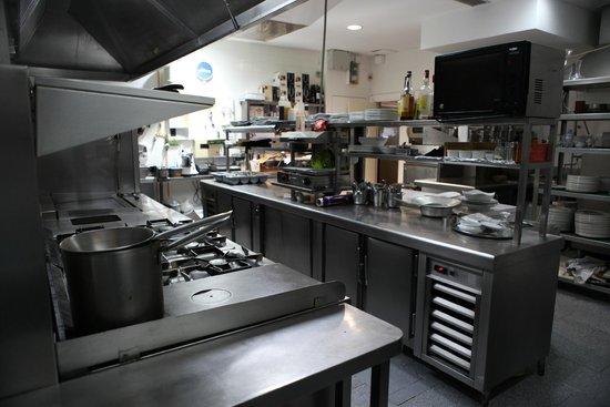 Instalaciones de cocina fotograf a de restaurante midas for Cocina de restaurante