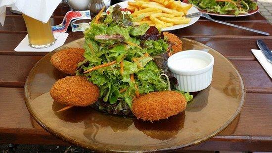 Perfekt Esszimmer: Quinoa Salad (Sommersalat Mit Quinoa Küchle)