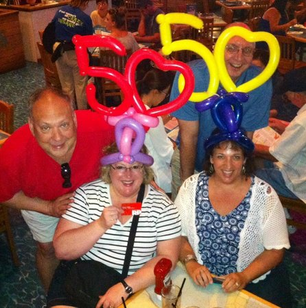 Margaritaville Las Vegas: Two couples: all four turned 50!