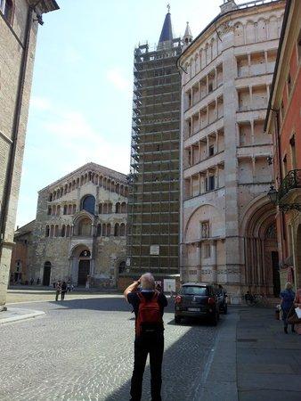 Cattedrale di Parma: Il campanile in restauro