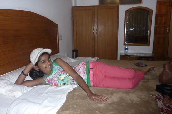 Hotel Tulyan: Inside Room