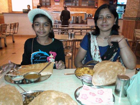 Hotel Tulyan: Nathu's Rasoi