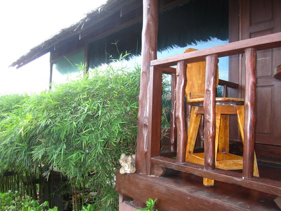 Buakao Inn Guesthouse: The Glass Cottage