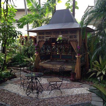 The Phoenix Hotel Yogyakarta - MGallery Collection: Havre de paix