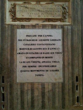 Cattedrale di Parma: La dedica di una famiglia nobiliare