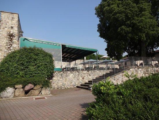 Palazzo Arzaga Hotel Spa & Golf Resort: Golfterrasse