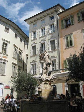 La Caffetteria Rovereto : piazza delle oche  o C.Battisti