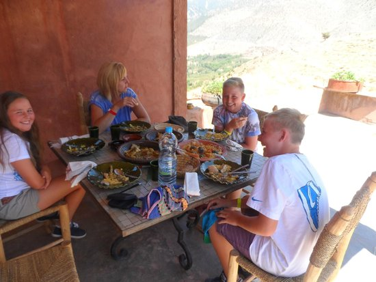 4X4 Camel - Private Day Tours : Lunch at Berber House