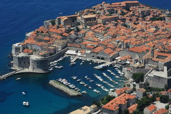 Dubrovnik Shore Tours: The view of old town Dubrovnik