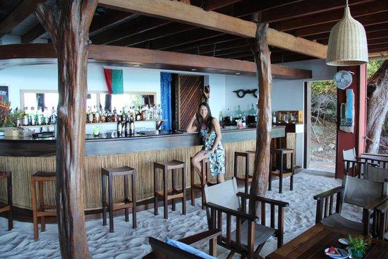 Constance Tsarabanjina : Bar