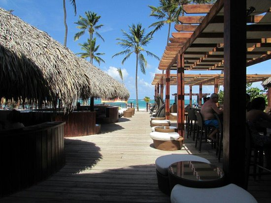 Punta Cana Princess All Suites Resort & Spa : Where we ate lunch and had an amazing view