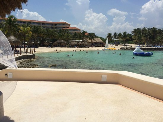 Dreams Puerto Aventuras Resort & Spa: Beach