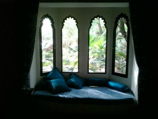 Devi Bhawan: The lovely bay window of the blue room