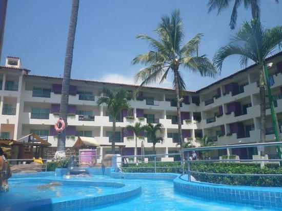 Crown Paradise Club Puerto Vallarta: hotel