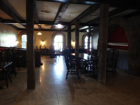 The Aurora Inn Hotel & Event Center : Breakfast Area