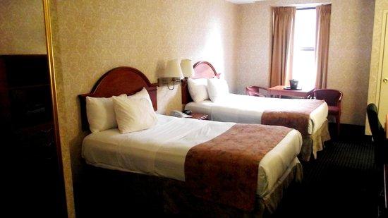 City View Inn: room