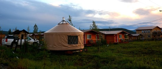 EarthSong Lodge - Denali's Natural Retreat: Yurt Office, cabins, and Henry's Coffeehouse