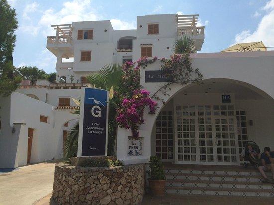 Gavimar La Mirada Club Resort: front of hotel