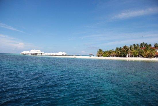 Diamonds Athuruga : L'isola e le sue Water Villas