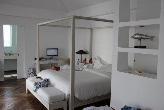 Diamonds Athuruga: L'interno della Suite Water Villa