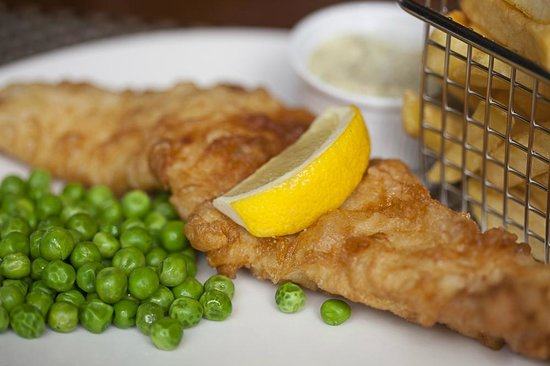 Molly's Bar: Beer Battered Haddock and Chips