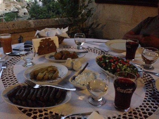 Aravan Evi Restaurant: Delicious, great staff!