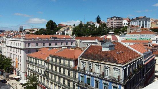 Altis Avenida Hotel: Toits de Lisbonne et facades
