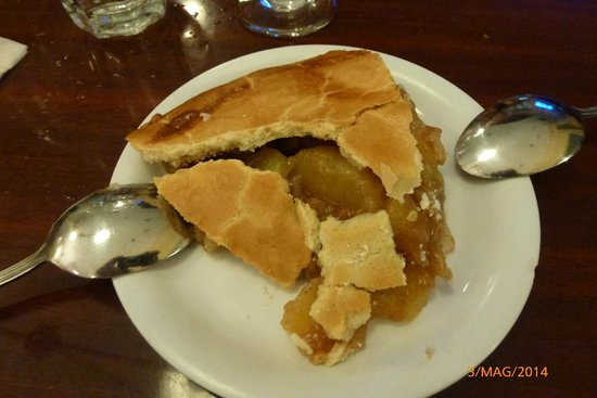 Jerry's Famous Deli : Apple pie