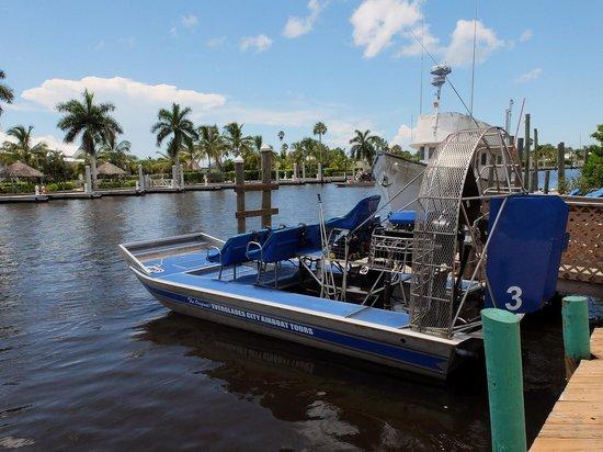 Everglades City Airboat Tours: Les hydroglisseurs utilisés