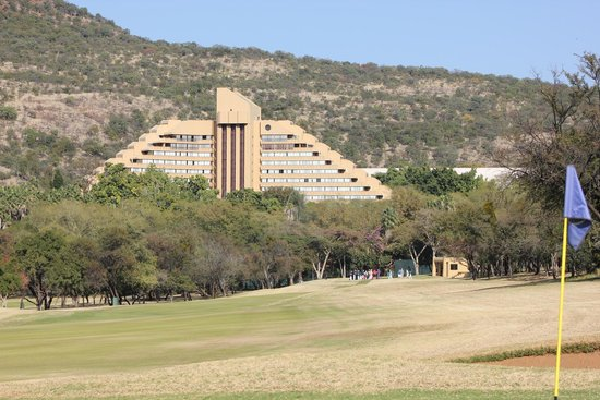 Cascades, Sun City : View from around the golf course