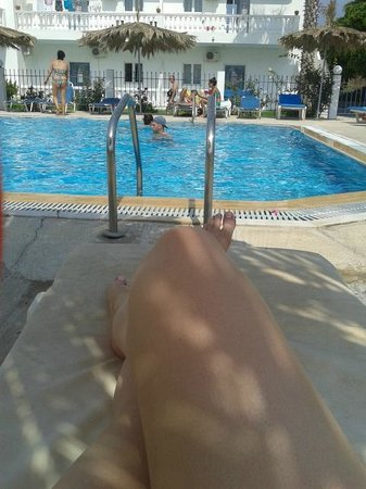 Angelina Studios: Pool area