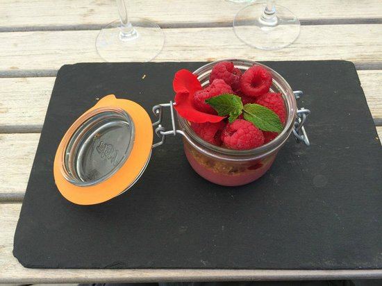 Restaurant La Co(o)rniche : verrine framboise