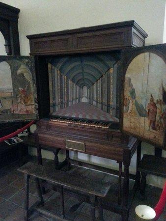 Historic St. Luke's Church: The beautiful LaStrange organ from England 1630