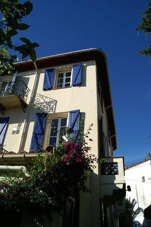 Hotel Villa La Malouine: Rear view of hotel