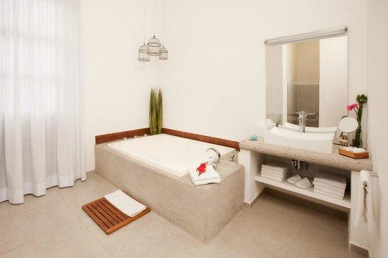 Descansería Hotel Business and Pleasure : Amplios espacios