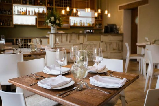 Descansería Hotel Business and Pleasure : Cinco Cocina Urbana