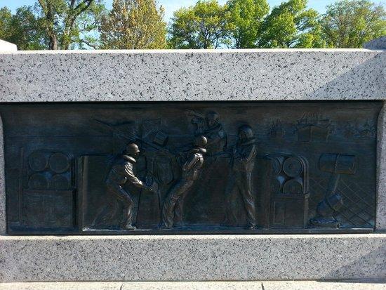 National World War II Memorial: Kabartma resimler...