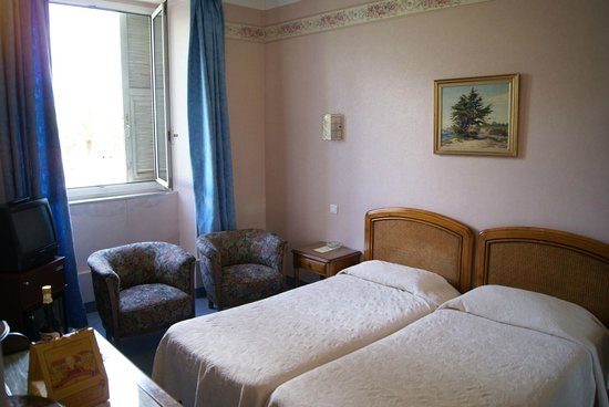 Photo of Hotel Aiglon Menton