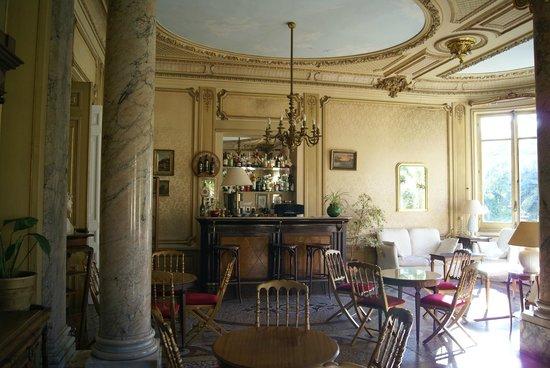 Hotel Aiglon: Sitting room