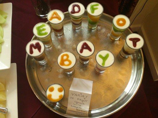 The Meadfoot Bay: Little pro-biotic yoghurt pots at breakfast