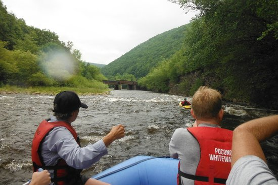 Pocono Whitewater: Following the guide