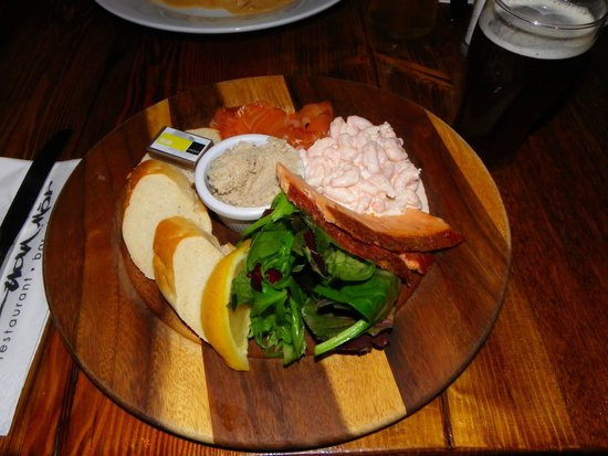 Cuan Mor: mixed seafood plate