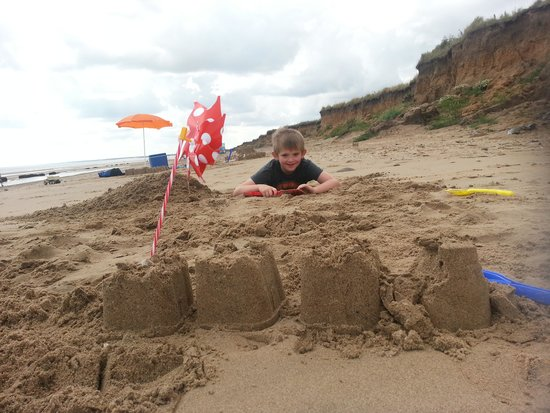 Skipsea Sands Holiday Park - Park Resorts: Fraisthorpe beach